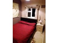 Double room in lovely village of Carbrooke