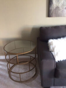 Buy or sell tables in belleville furniture kijiji for Coffee tables homesense