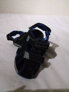 Timberland boys size 8 sandals, in excellent condition