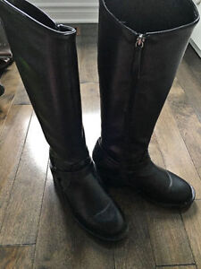 ZARA boots - Size 7 - EXCELLENT condition!
