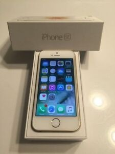 GOLD Apple iPhone SE 16 GB in Original Box - Bell / Virgin