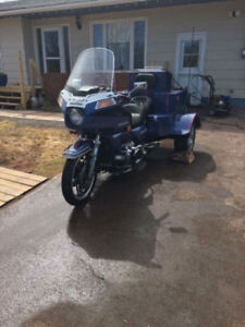 1981 Gold Wing Trike (Looking for 4x4)