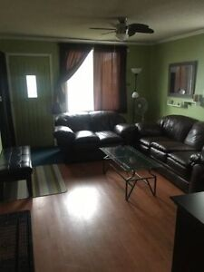 2 Bedroom - Quiet Current River - Country in the city! + Util.