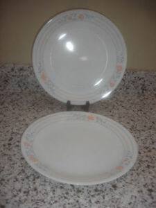 "Vintage Lot of 3 CORELLE by CORNING 8.50"" Salad Plates"