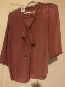 Lot of women's tops, great condition, including new items! Kitchener / Waterloo Kitchener Area image 1