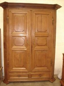 armoire de style louis xiv en ch ne massif 18eme ebay. Black Bedroom Furniture Sets. Home Design Ideas