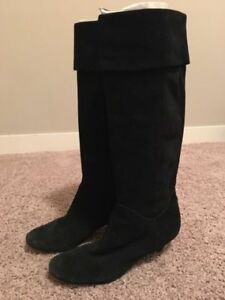 Steve Madden Slouchy Suede Black Boots