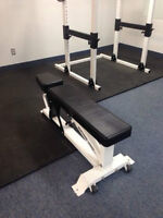 Northern Light Stealth Super Bench w 1000lbs Max Cap-Commercial