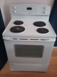 Self Clean working Ultra Bake Kenmore coil stove for sale