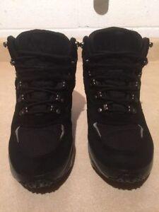 Women's L.L. Bean Winter Boots Size 8 London Ontario image 3