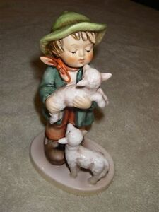 HUMMEL FIGURINE #64 SHEPARDS BOY