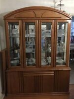 Oak dining room table with 6 chairs and cabinet Hutch