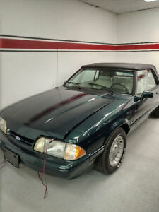 1990 Ford Mustang 5.0 Conv. Edition 7-UP Tres Rare!