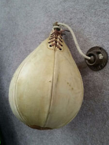 Antique Spalding Speed Bag