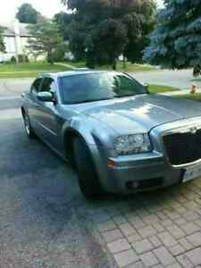 2006 Chrysler 300 fully loaded touch screen leather trade