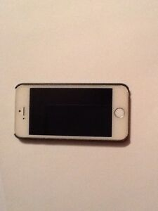 iPhone 5s EXCELLENT CONDITION