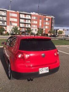 2008 Volkswagen GTI Rouge Coupé très bien entretenue