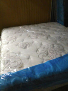Brand NEW KING SIze PILLOWTOP SIMMONS RECHARGE  --FREE DELIVERY