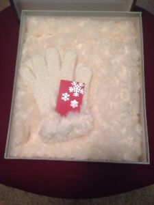 Fleece Scarf And Gloves Set With Fuax Fur Trim New in Box