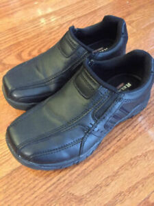 RELAXED SKETCHER DRESS SHOES FOR BOYS, SIZE 12.5