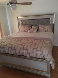 New king bed frame with head board