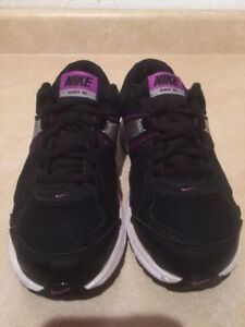 Youth Nike Dart 10 Running Shoes Size 5 Y London Ontario image 4