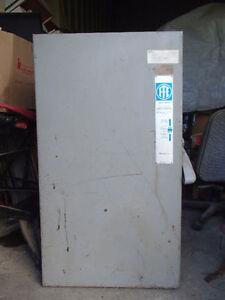 Boite d'entrée électrique / Safety switch I-T-E F355 400A-600V