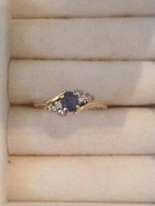18 ct Yellow Gold Ceylon Sapphire and Diamond Ring Thorneside Redland Area Preview