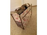 Canvas Tote Bag with roses on – Brand New
