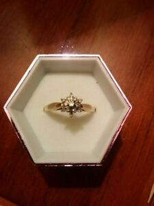 10k Ladies Engagement Ring London Ontario image 3
