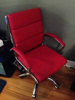 Chaise de bureau en cuir rouge - fauteuil d'ordinateur
