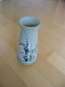 Chinese Antique Flower Pot