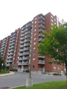 GREAT LOCATION! 2 BDR near La Cite Collegiale