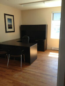 *POSH FURNISHED OFFICE SPACES 4 RENT! 1ST RENT FREE! FREE VAN!* Kitchener / Waterloo Kitchener Area image 3