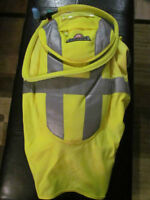 New High Visibility Igloo Gear Camel Pack/Hydration Vest $30.00
