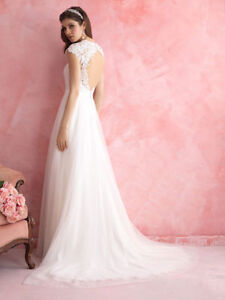 Allure Romance Wedding Gown 2810 Kingston Kingston Area image 1
