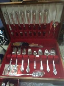 38 Piece 1847 Rogers Remembrance pattern cutlery