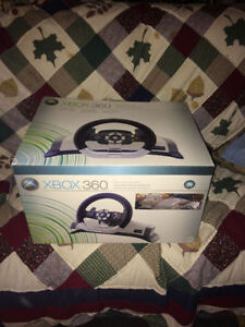 XBOX 360 STEERING WHEEL LIKE NEW WITH 6 GAMES
