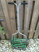 "Scotts 14"" Scotts Turf Reel Push Lawn Mower"