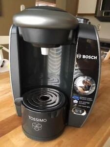 Bosch Tassimo Coffee Maker - Almost new Condition - 45 obo