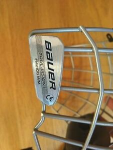 New Bauer 2100 Hockey Helmet Face Mask / Cage - True Vision Kitchener / Waterloo Kitchener Area image 2