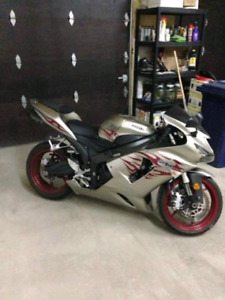 ZX6R NEGO