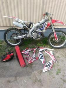 2013 HONDA CRF450R **UNIT IS SOLD AS IS**