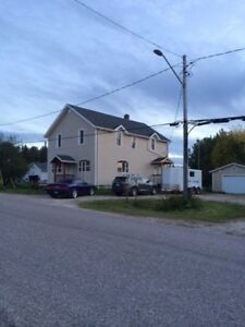 For Rent 2 Bedroom Waterfront Apartment (Kenora / Dryden Area)