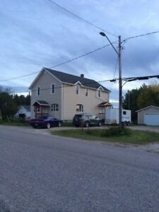 For Rent 2 Bedroom Waterfront Apartment (Dryden Area) for Oct1st