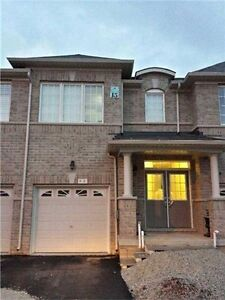 Gorgeous 4 Bed 3 Bath New Town Home For Rent Immediate