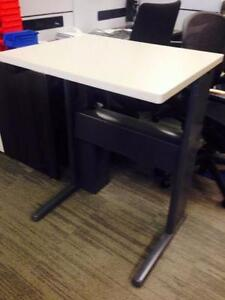 Sit Stand Electric Office Table with adjustable height - Teknion