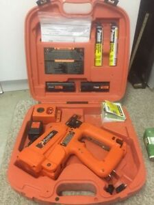 Paslode IM250II Cordless Finish Nailer Nail Gun