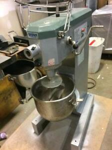 TITAN 30 QT. HEAVY DUTY MIXER - MADE BY MIDDLEBY MARSHAL