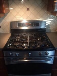 GE Profile Gas convection oven range  - mint condition